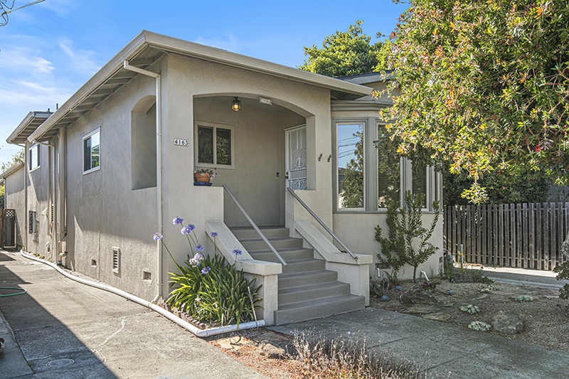 Beautiful Bright Temescal Home
